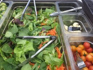 salad-bar-school-lunch
