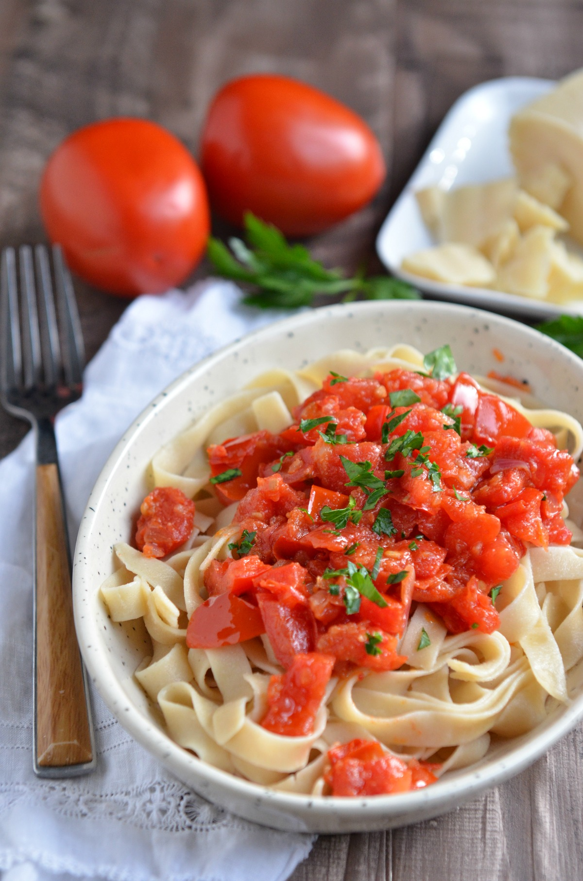 Whole Wheat Penne Pasta and Pomodoro Sauce | www.eatsparkcity.org