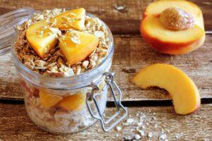overnight-oats-peaches-eats-park-city-omad