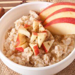 Slow Cooker Apple Cinnamon Oatmeal - EATS Park City - OMAD