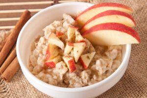 Slow Cooker Apple Cinnamon Oatmeal - EATS Park City - OMAD