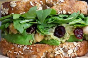 smashed-chickpea-avocado-salad-sandwich-cranberries-lemon-eats-park-city-omad