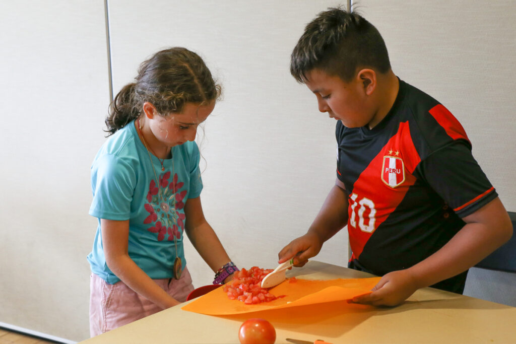 Teamwork, Homegrown EATS Camp at the Swaner EcoCenter